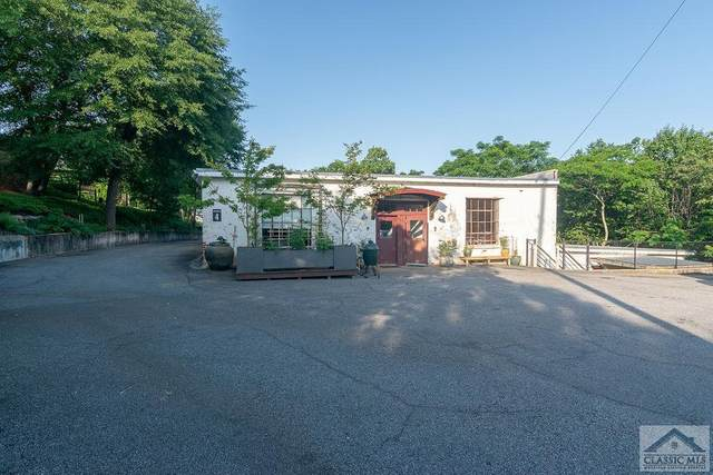 585 White Circle #401, Athens, GA 30605 (MLS #981101) :: Team Cozart