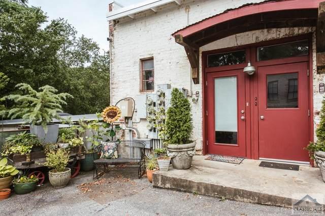 585 White Circle #408, Athens, GA 30605 (MLS #982528) :: Athens Georgia Homes
