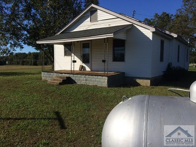 812 Friendship Church Rd, Danielsville, GA 30633 (MLS #958901) :: The Holly Purcell Group