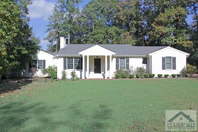 330 West Lake Drive, Athens, GA 30606 (MLS #959308) :: The Holly Purcell Group