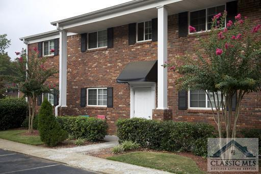 195 #B15 195 Sycamore Dr B15, Athens, GA 30606 (MLS #961400) :: The Holly Purcell Group