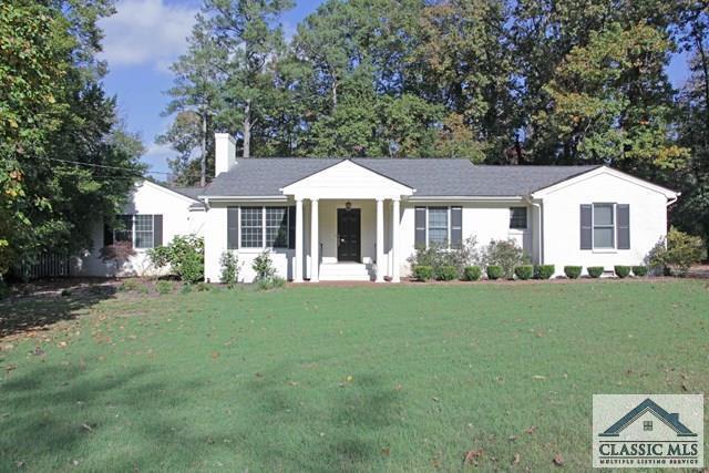330 West Lake Drive, Athens, GA 30606 (MLS #964616) :: Team Cozart