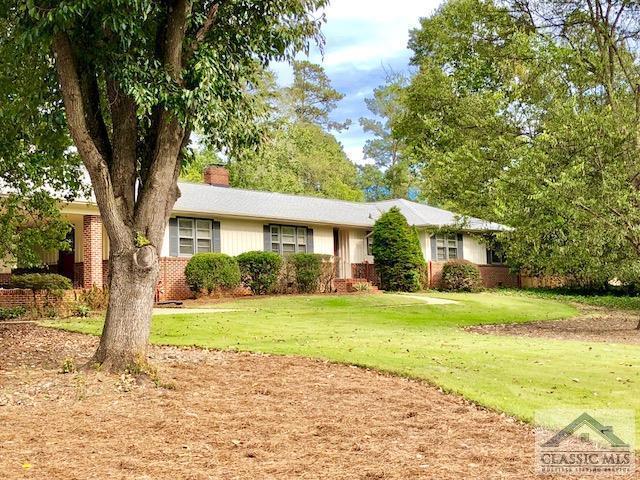660 West Lake Drive, Athens, GA 30606 (MLS #965392) :: Team Cozart