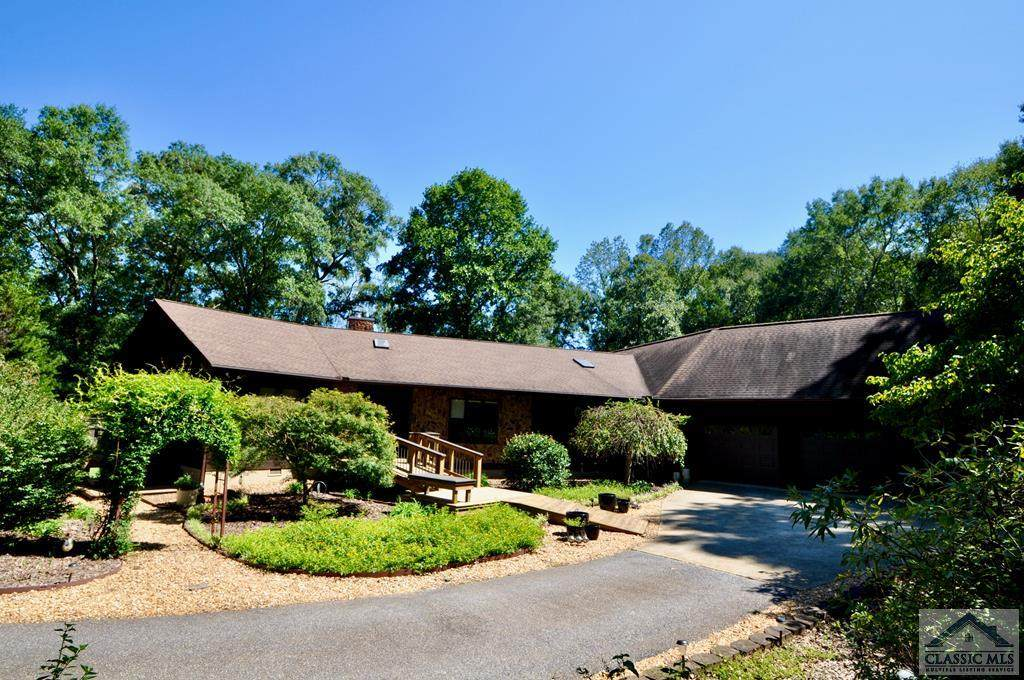 96 White Oak Drive - Photo 1