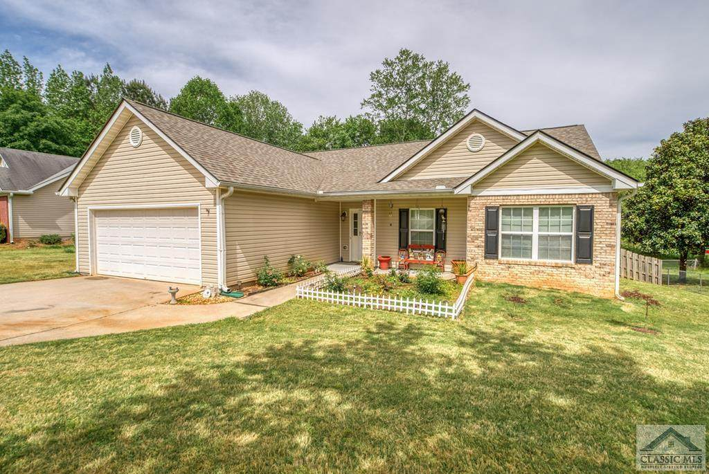 229 Clearwater Drive - Photo 1