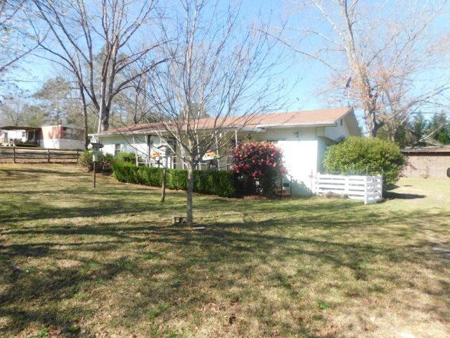 1040 Oriole Lane, Tignall, GA 30668 (MLS #410039) :: Brandi Young Realtor®