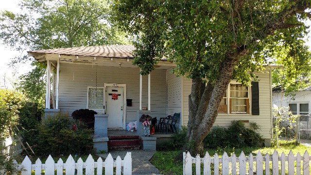 1921 Division Street, Augusta, GA 30904 (MLS #411857) :: Natalie Poteete Team