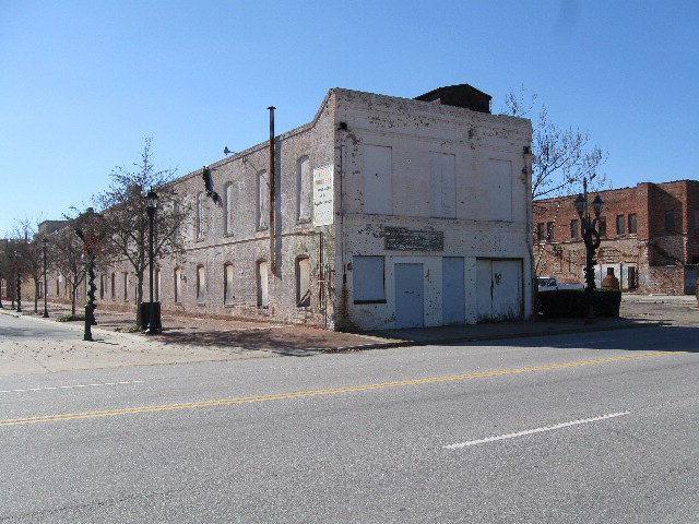 840 Reynolds Street - Photo 1