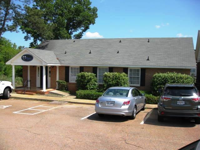 1014 Northwood Road, Augusta, GA 30909 (MLS #414624) :: Greg Oldham Homes