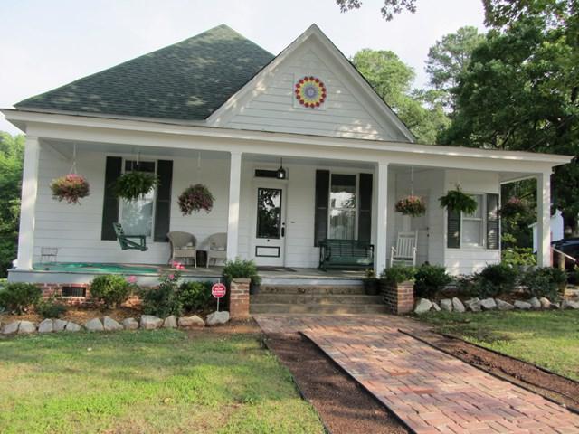 500 Virginia Street, McCormick, SC 29835 (MLS #418002) :: Shannon Rollings Real Estate