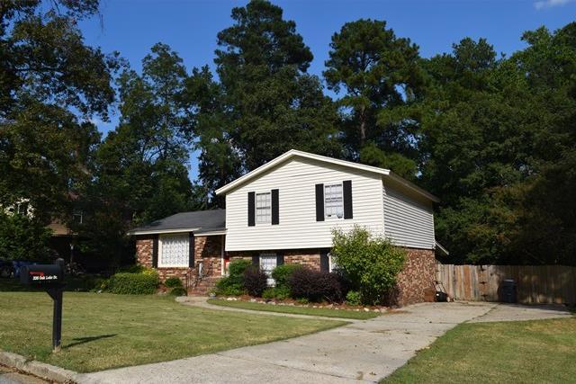 326 Oak Lake Drive, Martinez, GA 30907 (MLS #418408) :: Shannon Rollings Real Estate