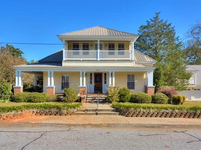 200 S Oak Street, McCormick, SC 29835 (MLS #420133) :: Shannon Rollings Real Estate