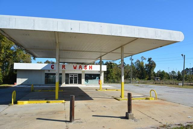 2090 Washington Road, Thomson, GA 30824 (MLS #420870) :: Shannon Rollings Real Estate