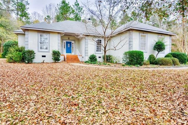 1018 Westcliff Drive Sw, Aiken, SC 29801 (MLS #421554) :: Shannon Rollings Real Estate