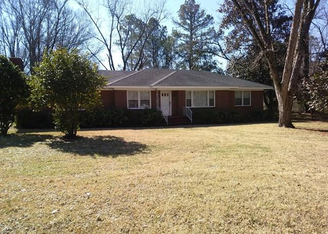 121 Beall Springs Street, Warrenton, GA 30828 (MLS #422943) :: Natalie Poteete Team