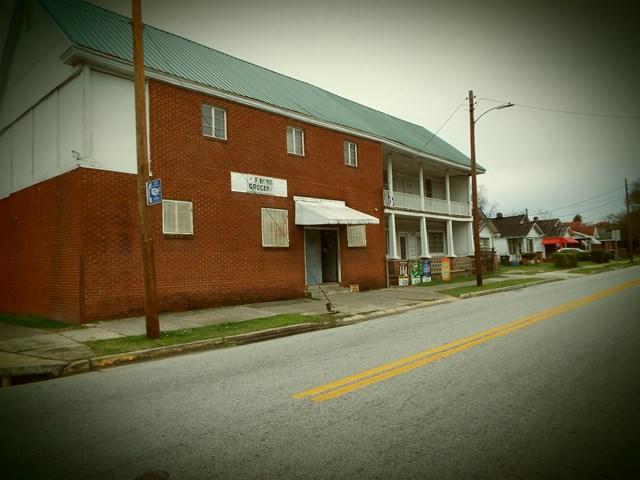 1377 Wrightsboro Road, Augusta, GA 30901 (MLS #423781) :: Natalie Poteete Team