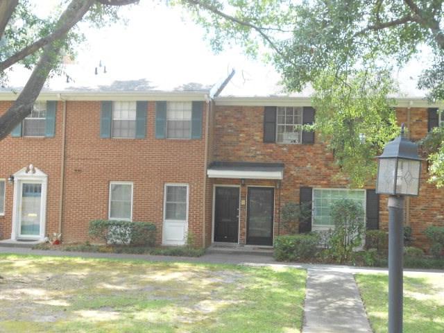 2846 Walton Way #34, Augusta, GA 30909 (MLS #423803) :: Shannon Rollings Real Estate