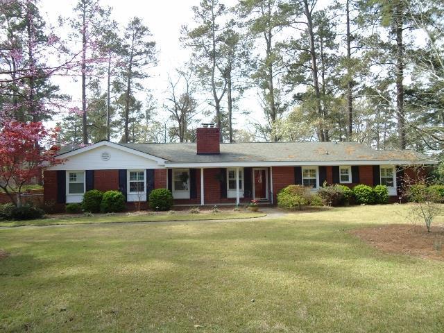 655 Canterbury Drive, Augusta, GA 30909 (MLS #424509) :: Shannon Rollings Real Estate