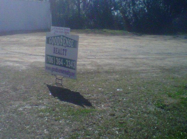 1136 Laney Walker Blvd, Augusta, GA 30901 (MLS #439014) :: Shannon Rollings Real Estate