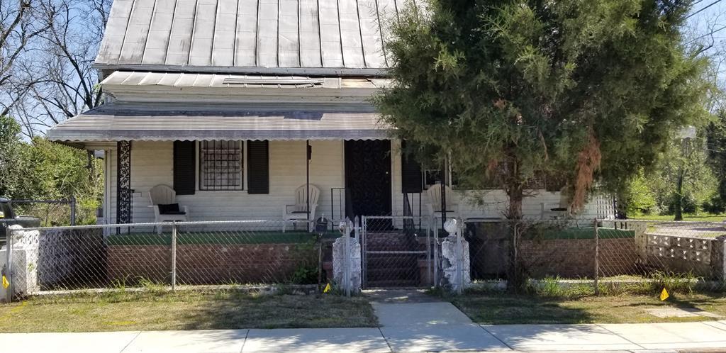 1622 Old Savannah Road - Photo 1