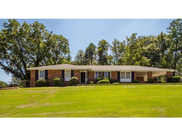 525 Hillwood Circle, Augusta, GA 30909 (MLS #446722) :: Shannon Rollings Real Estate