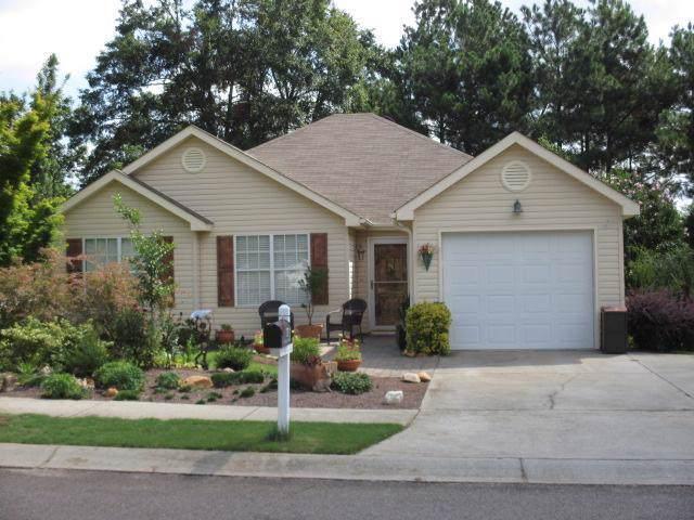 137 Cherry Laurel Drive, North Augusta, SC 29860 (MLS #449348) :: REMAX Reinvented | Natalie Poteete Team