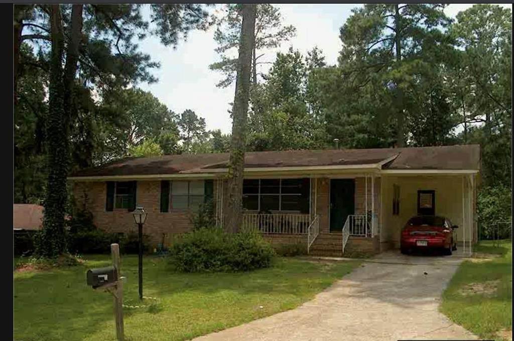 3012 Silverwood Drive - Photo 1