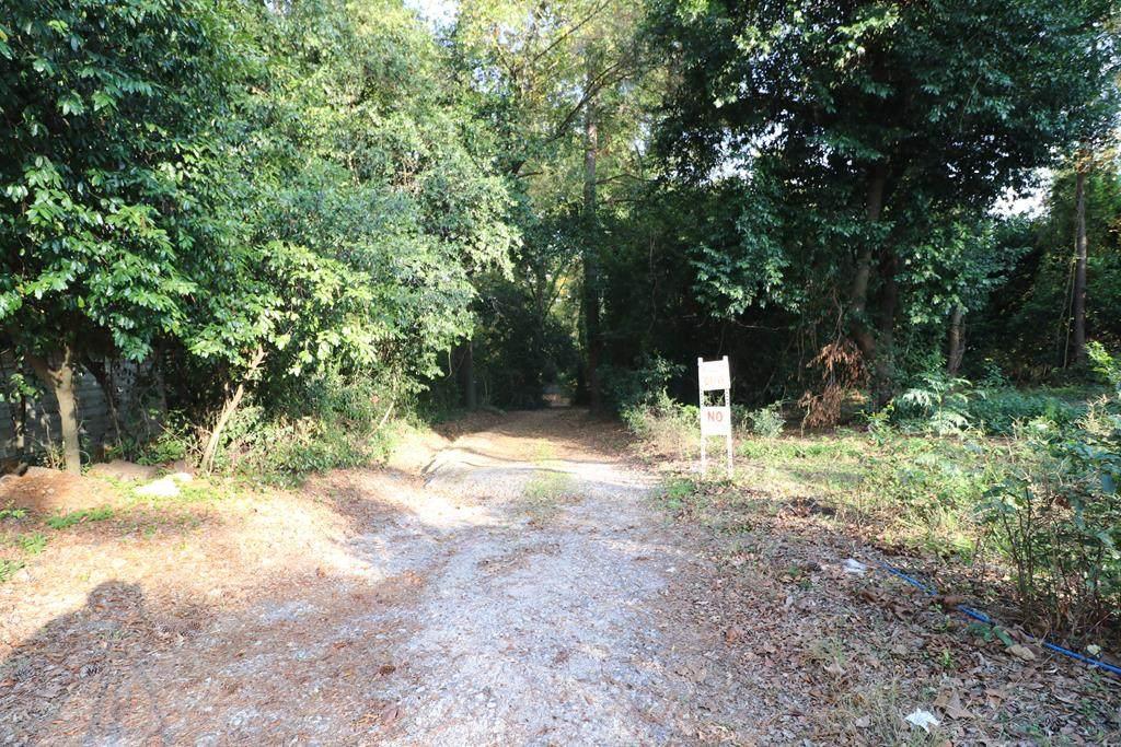 729 Edgefield Road - Photo 1