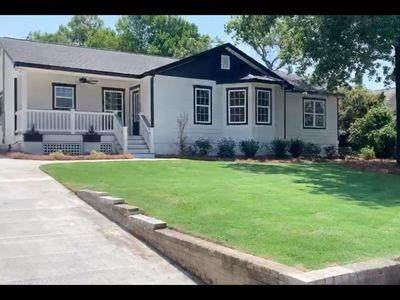 1011 West Avenue, North Augusta, SC 29841 (MLS #462174) :: Melton Realty Partners