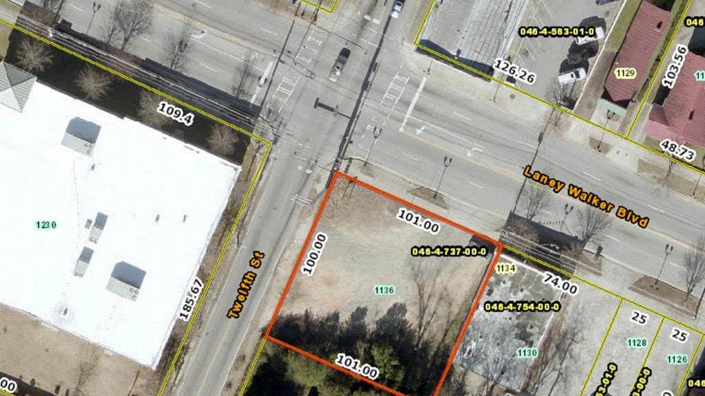 1136 Laney Walker Boulevard - Photo 1