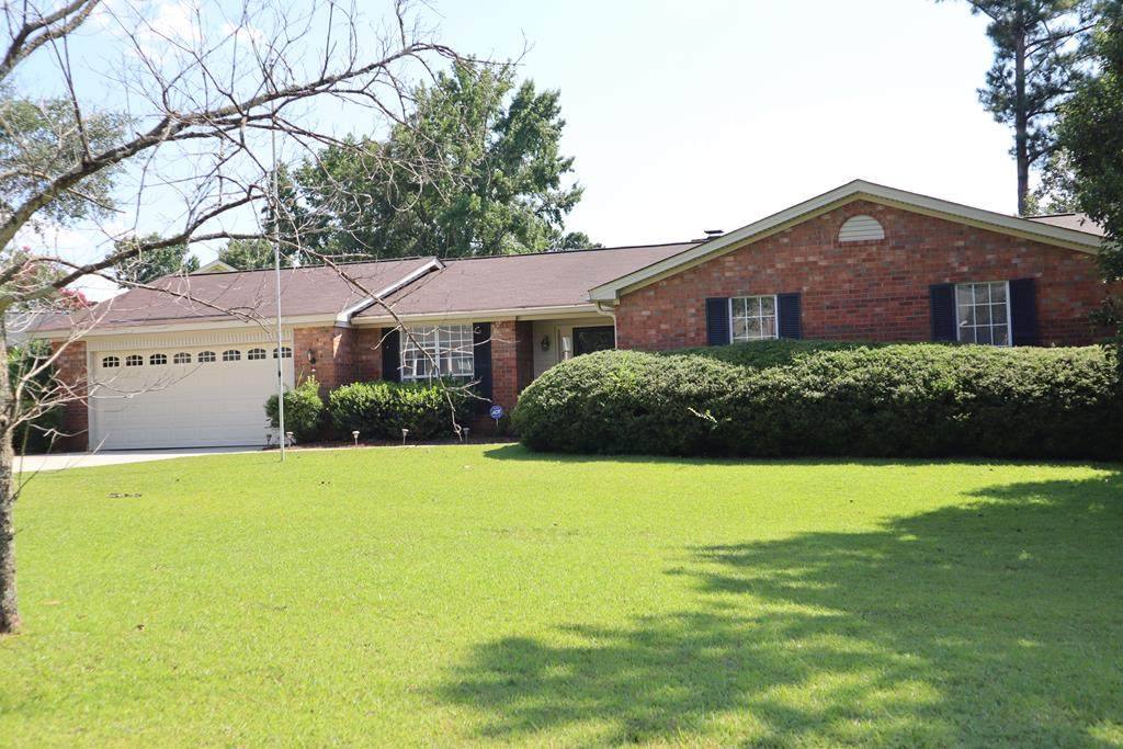 528 Wessex Drive - Photo 1