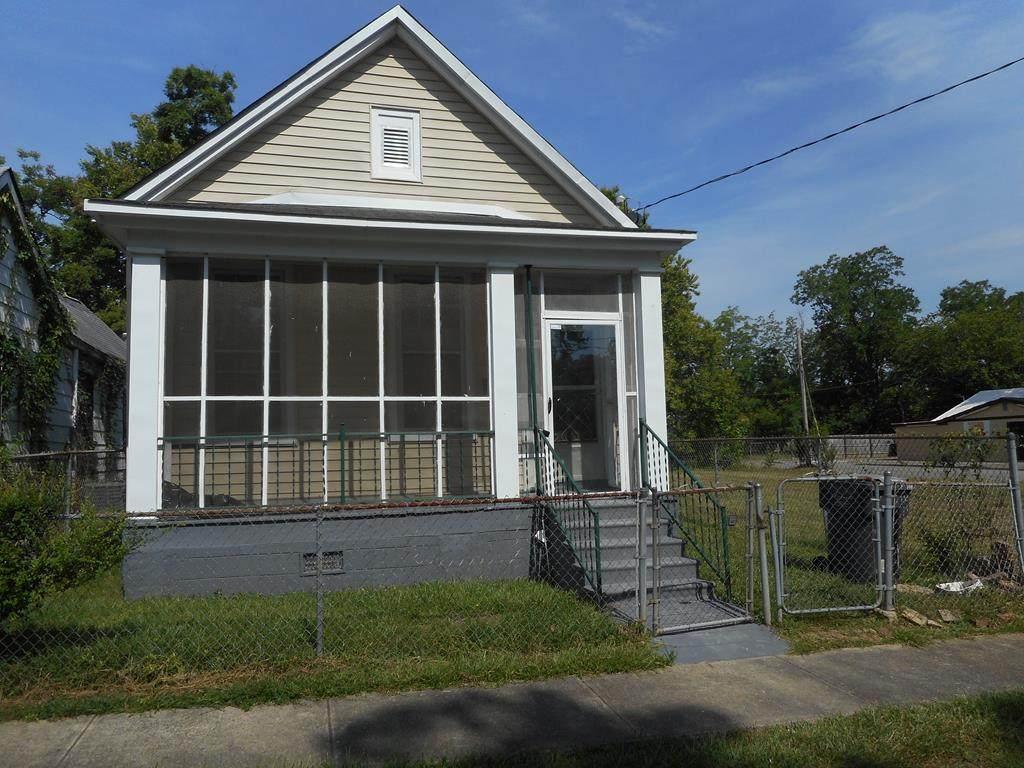 1435 Chestnut Street - Photo 1