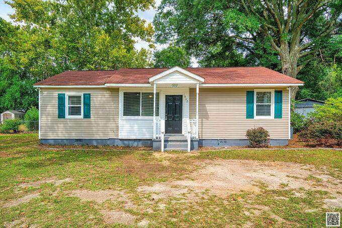 562 Peach Orchard Place - Photo 1