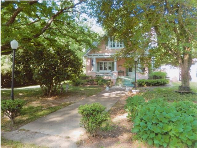 204 S Calhoun, Saluda, SC 29138 (MLS #416151) :: Shannon Rollings Real Estate