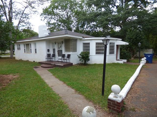 302 Pine Street, Edgefield, SC 29824 (MLS #417810) :: Melton Realty Partners