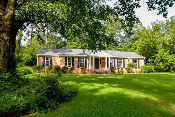 3426 Summit Drive, Aiken, SC 29801 (MLS #425080) :: Shannon Rollings Real Estate