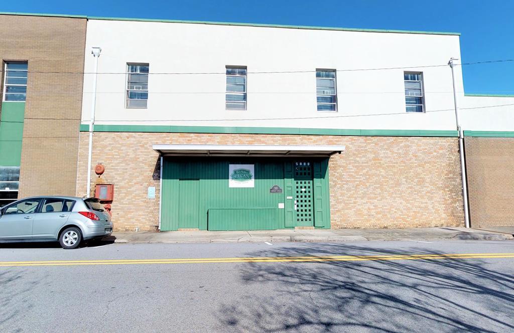 114 N Hicks Street - Photo 1