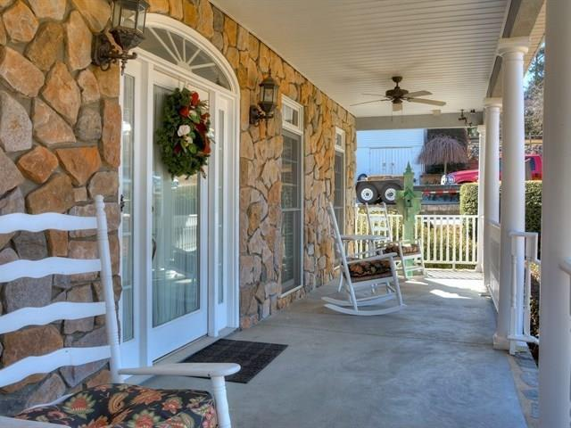 1022 Magnolia Drive, Augusta, GA 30904 (MLS #422590) :: Shannon Rollings Real Estate