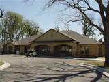 211 Elmhurst Dr - Photo 1