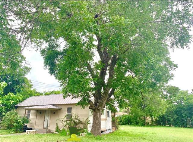 206 W Lockhart St, Kyle, TX 78640 (#1022613) :: The Summers Group