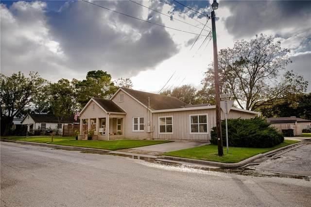 481 N Madison St, Giddings, TX 78942 (#1112031) :: Papasan Real Estate Team @ Keller Williams Realty