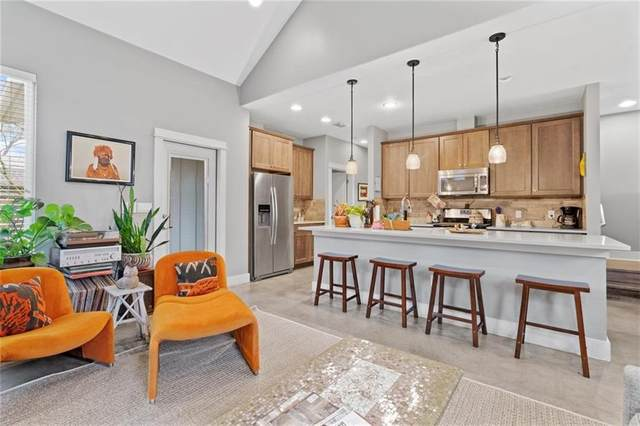 4917 Sunset Trl A, Austin, TX 78745 (#1118660) :: Realty Executives - Town & Country