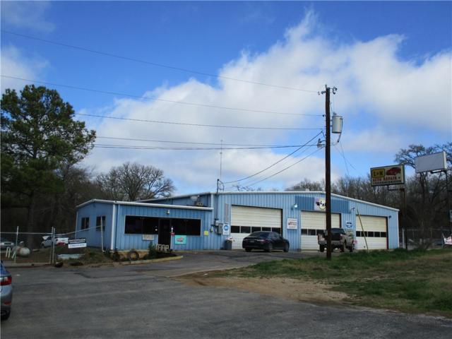 2002 Chestnut St, Bastrop, TX 78602 (#1154152) :: Watters International