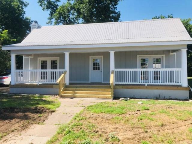 812 Chestnut St, Bastrop, TX 78602 (#1196437) :: The Heyl Group at Keller Williams
