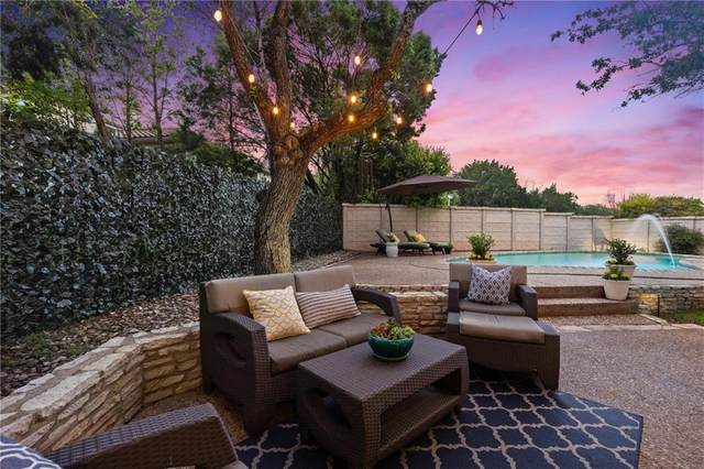 4 Applewood Ct, The Hills, TX 78738 (#1211816) :: Zina & Co. Real Estate