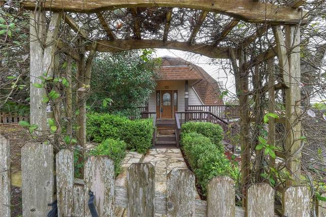 1055 Laurie Dr, Canyon Lake, TX 78133 (#1213693) :: The Perry Henderson Group at Berkshire Hathaway Texas Realty