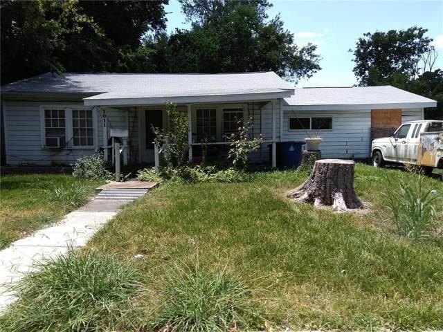 1011 Karen Ave, Austin, TX 78757 (#1309860) :: R3 Marketing Group