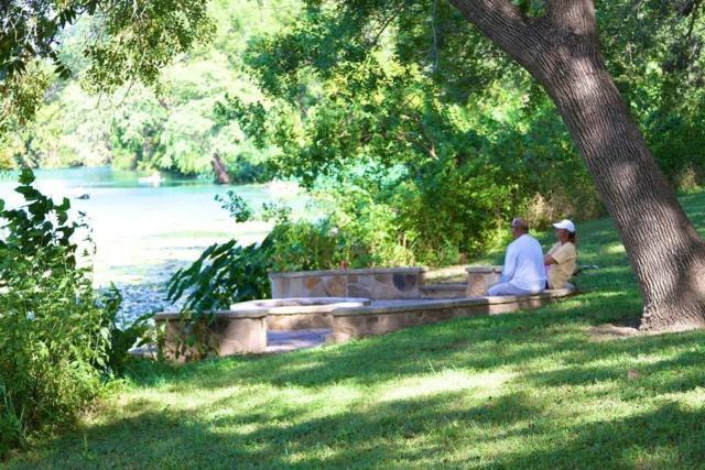 316 River Ranch Cir, Martindale, TX 78655 (#1317716) :: Watters International