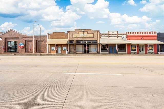 164 W Austin St, Giddings, TX 78942 (#1348321) :: Cord Shiflet Group