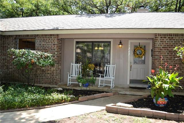 1707 Stagecoach Trl, Round Rock, TX 78681 (#1380302) :: The Perry Henderson Group at Berkshire Hathaway Texas Realty